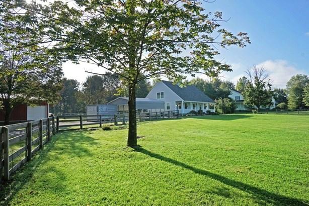 Cape Cod, Single Family Residence - Salem Twp, OH (photo 5)