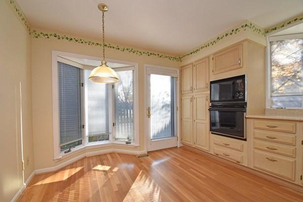 Transitional, Condominium - Sycamore Twp, OH (photo 4)