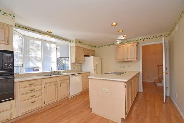 Transitional, Condominium - Sycamore Twp, OH (photo 5)
