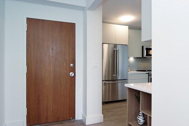 Condominium, Other - Cincinnati, OH (photo 3)