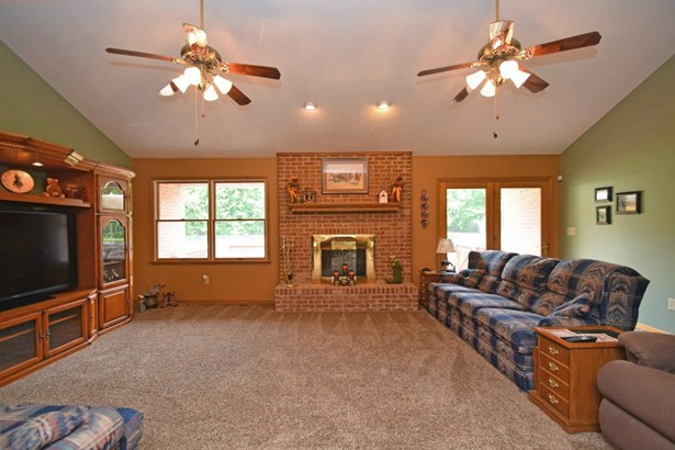 Single Family Residence, Ranch - Monroe Twp, OH (photo 4)