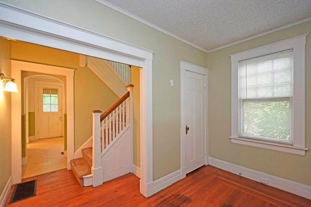 Single Family Residence, Traditional - Norwood, OH (photo 4)