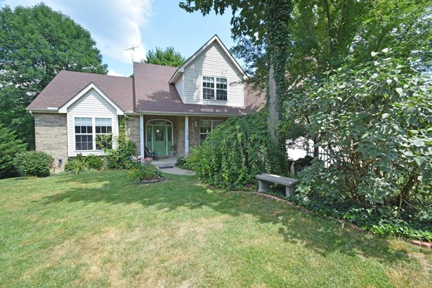 Transitional, Single Family Residence - Lawrenceburg, IN