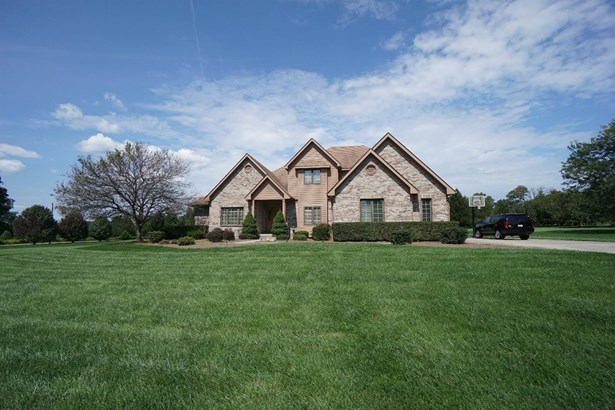Single Family Residence, Traditional - Turtle Creek Twp, OH (photo 1)