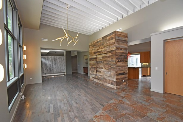Single Family Residence, Contemporary/Modern - Indian Hill, OH (photo 4)