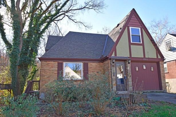 Single Family Residence, Cabin/Rustic,Tudor - Cincinnati, OH (photo 1)