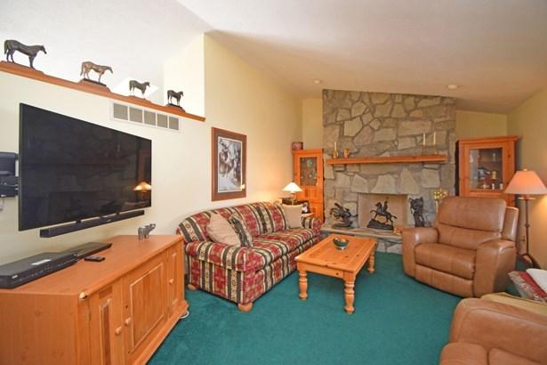 Single Family Residence, Traditional - Dillsboro, IN (photo 5)