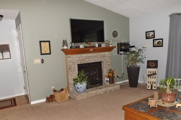 Single Family Residence, Ranch - Scott Twp, OH (photo 3)