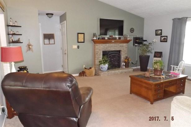 Single Family Residence, Ranch - Scott Twp, OH (photo 4)
