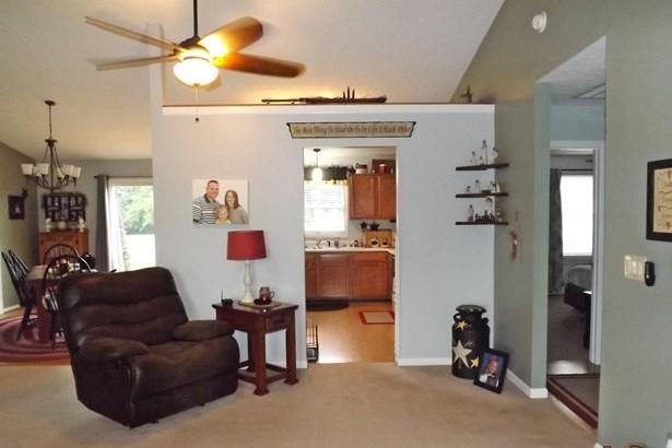 Single Family Residence, Ranch - Scott Twp, OH (photo 5)