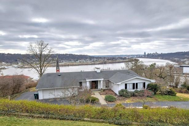 Single Family Residence, Ranch - Cincinnati, OH