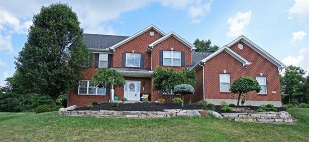 Single Family Residence, Traditional - West Chester, OH (photo 1)