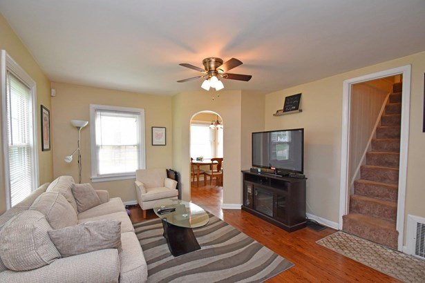 Cape Cod, Single Family Residence - Deer Park, OH (photo 2)