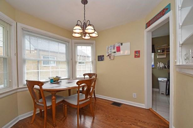 Cape Cod, Single Family Residence - Deer Park, OH (photo 3)