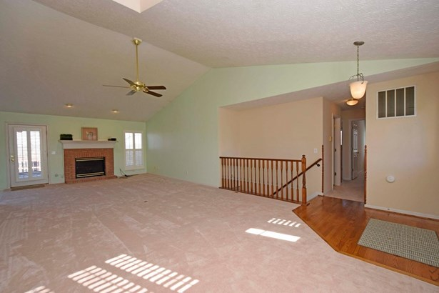 Single Family Residence, Ranch - Cleves, OH (photo 5)
