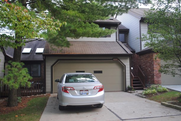 Condominium, Other - Springdale, OH (photo 2)