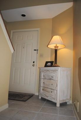 Condominium, Other - Springdale, OH (photo 4)
