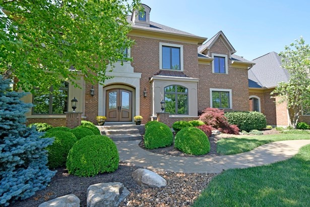Transitional, Single Family Residence - Indian Hill, OH (photo 2)