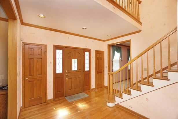 Single Family Residence, Traditional - West Chester, OH (photo 2)