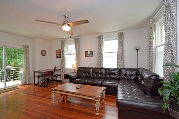 Transitional, Single Family Residence - Cincinnati, OH (photo 3)
