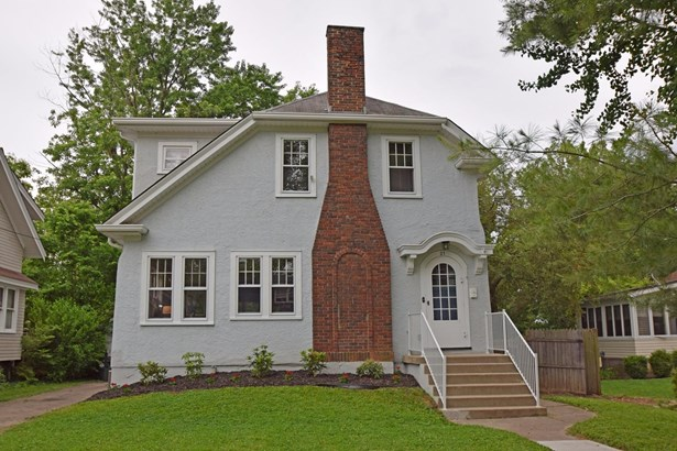 Single Family Residence, Traditional,Transitional - Wyoming, OH (photo 1)