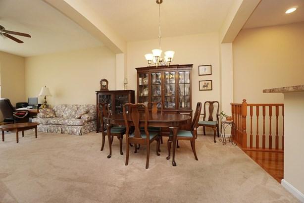 Condominium, Traditional - Loveland, OH (photo 5)