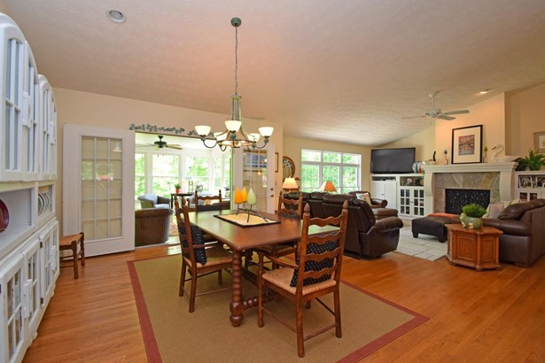 Single Family Residence, Ranch - Lawrenceburg, IN (photo 4)