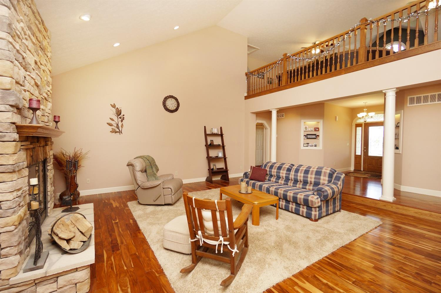 Transitional, Single Family Residence - Harlan Twp, OH (photo 3)