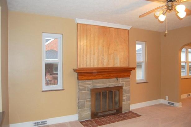 Cape Cod, Single Family Residence - Williamsburg, OH (photo 3)