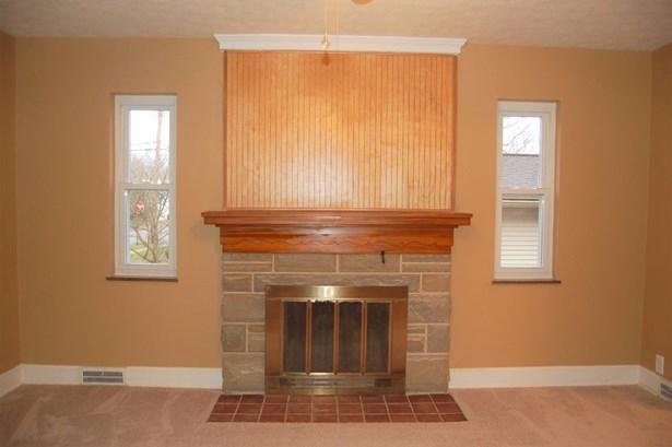 Cape Cod, Single Family Residence - Williamsburg, OH (photo 4)