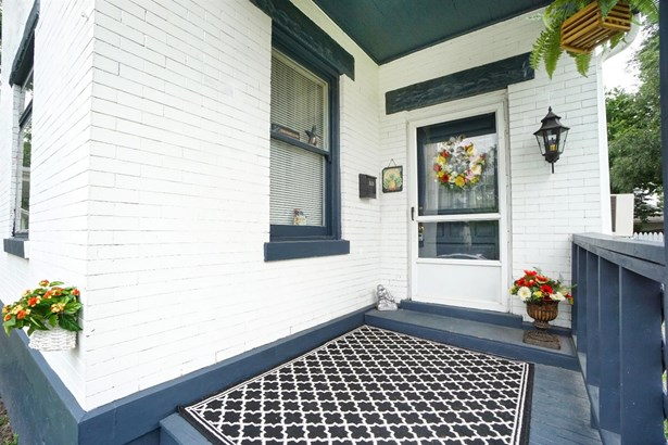 Single Family Residence, Traditional - Elmwood Place, OH (photo 2)