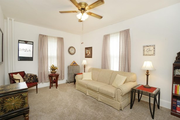 Single Family Residence, Traditional - Elmwood Place, OH (photo 5)