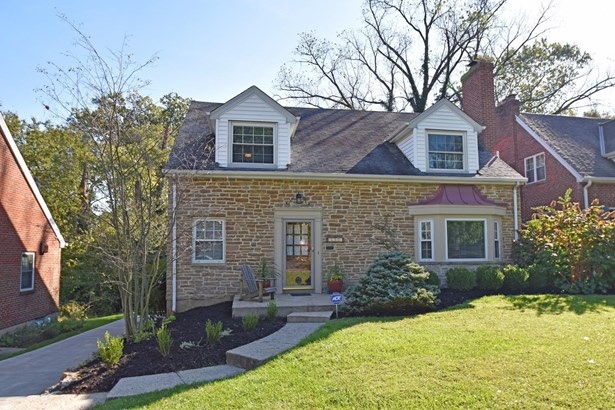 Cape Cod, Single Family Residence - Columbia Twp, OH (photo 1)