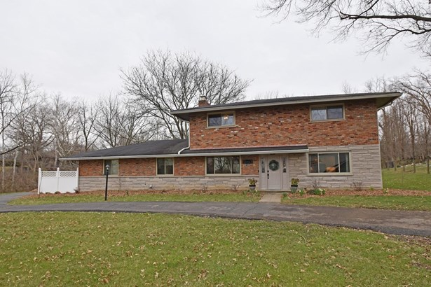 Single Family Residence, Traditional - Amberley, OH (photo 1)