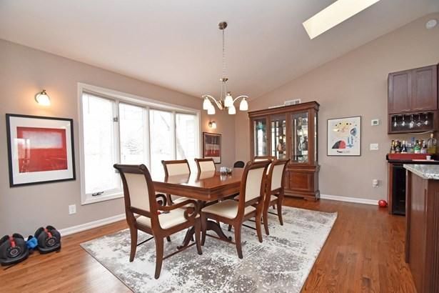 Single Family Residence, Ranch,Transitional - Cincinnati, OH (photo 3)