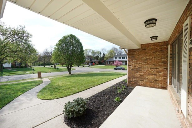 Single Family Residence, Ranch - Fairfield, OH (photo 3)