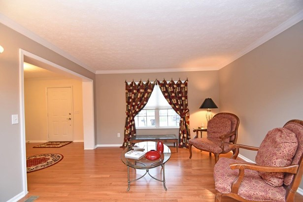 Single Family Residence, Traditional - Colerain Twp, OH (photo 4)
