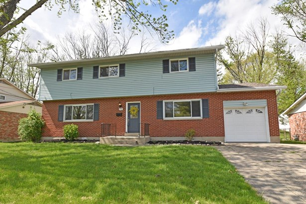 Transitional, Single Family Residence - Forest Park, OH (photo 1)