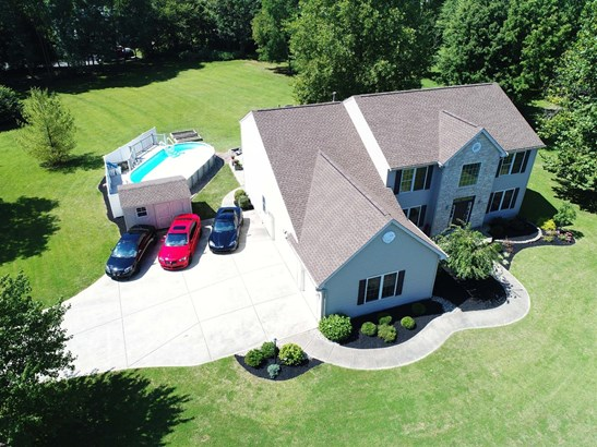 Transitional, Single Family Residence - Morrow, OH (photo 2)