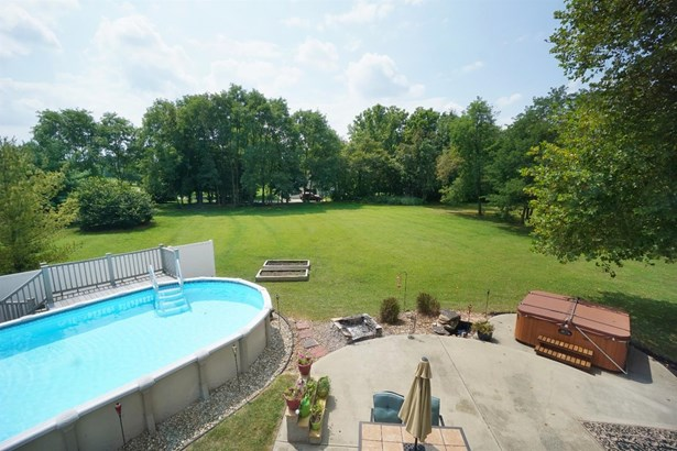 Transitional, Single Family Residence - Morrow, OH (photo 4)