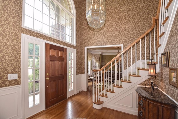 Single Family Residence, Traditional - Madeira, OH (photo 4)