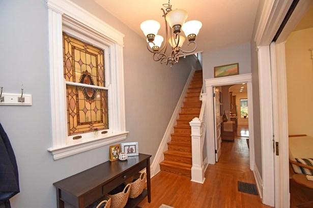 Single Family Residence, Victorian - Cincinnati, OH (photo 2)