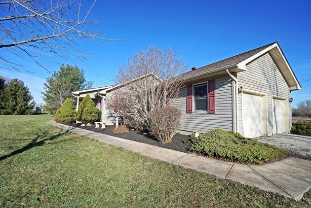 Single Family Residence, Ranch - Salem Twp, OH (photo 2)
