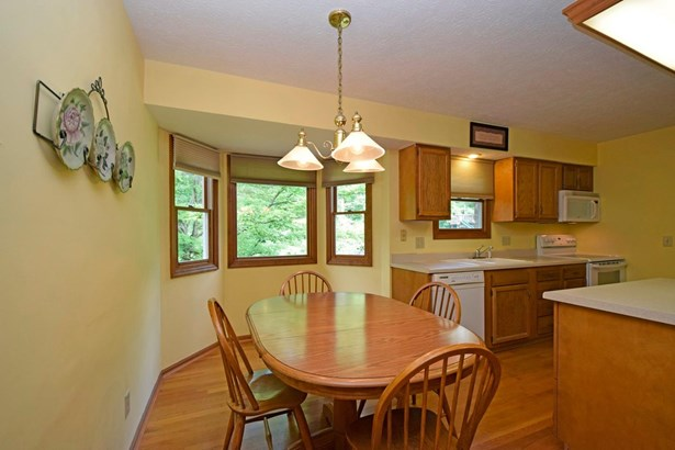 Single Family Residence, Traditional - Milford, OH (photo 5)