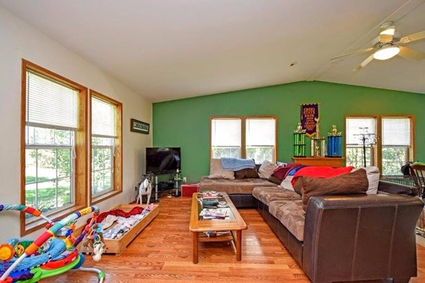 Single Family Residence, Ranch - Franklin Twp, OH (photo 4)