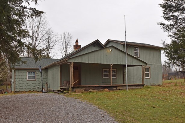 Single Family Residence, Cabin/Rustic,Transitional - Williamsburg Twp, OH (photo 1)