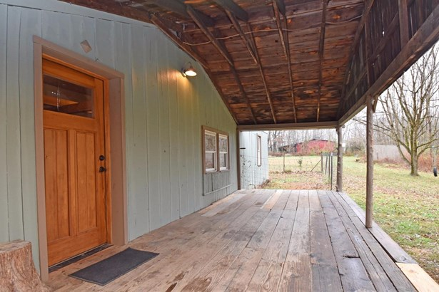 Single Family Residence, Cabin/Rustic,Transitional - Williamsburg Twp, OH (photo 2)