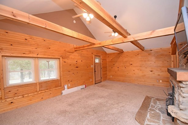 Single Family Residence, Cabin/Rustic,Transitional - Williamsburg Twp, OH (photo 4)