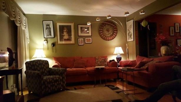 Ranch,Traditional, Single Family Residence - Cincinnati, OH (photo 2)