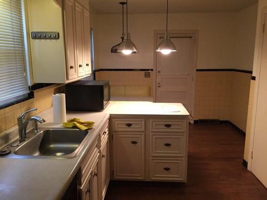 Ranch,Traditional, Single Family Residence - Cincinnati, OH (photo 4)